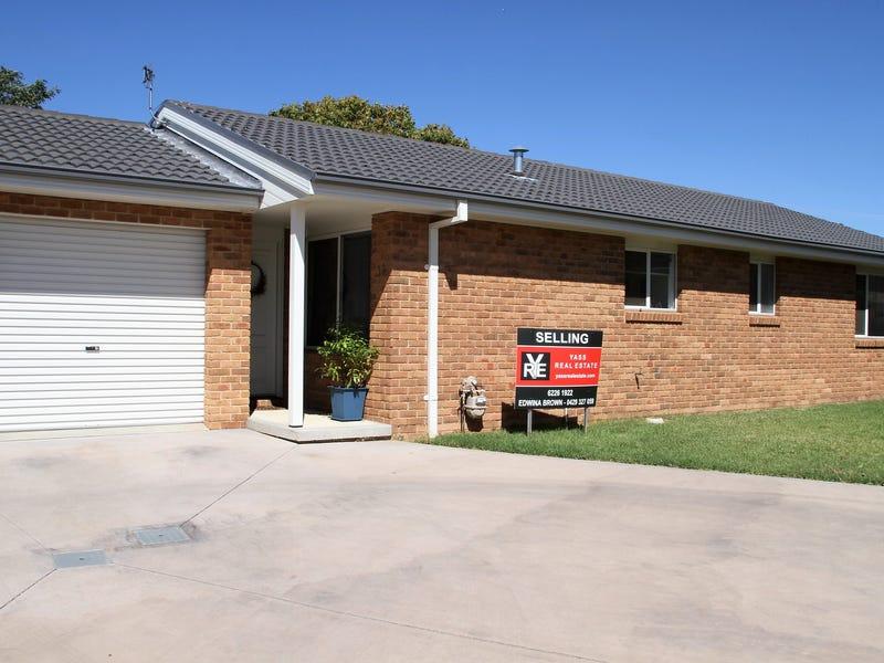 16/11 Julian Place, Yass, NSW 2582