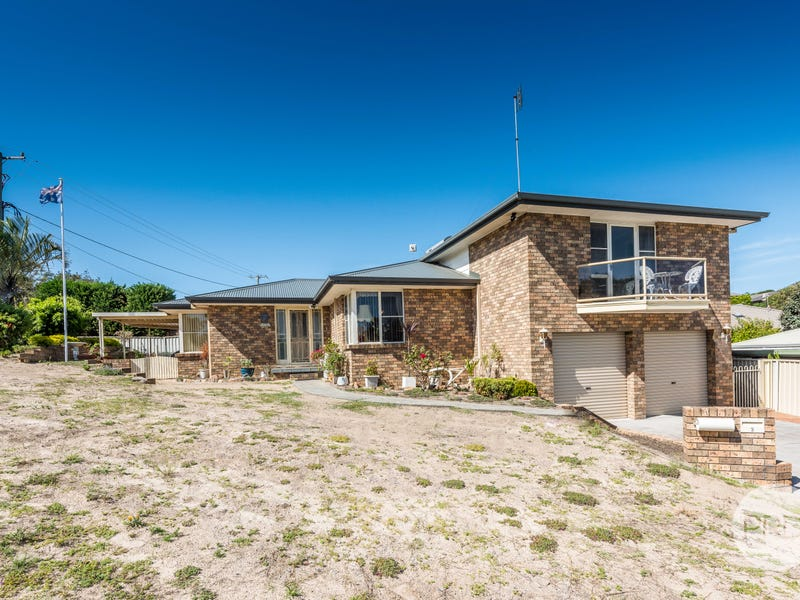 2 Castaway Close, Boat Harbour, NSW 2316