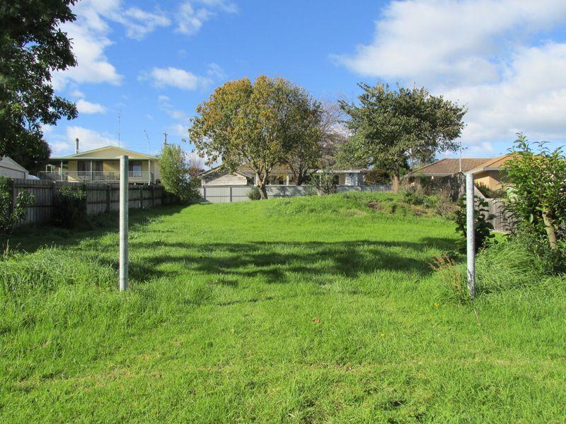 12 Dickeson Lane, Bairnsdale, Vic 3875