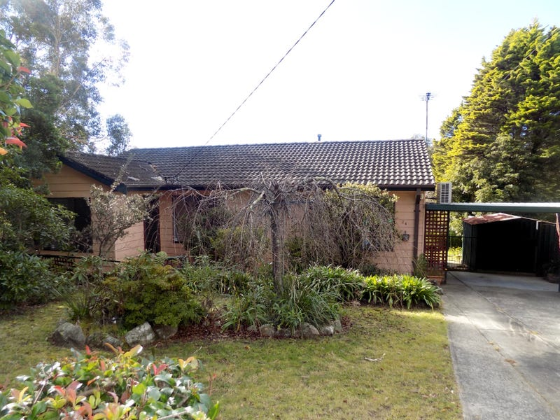 24 Hazel Avenue, Hazelbrook, NSW 2779