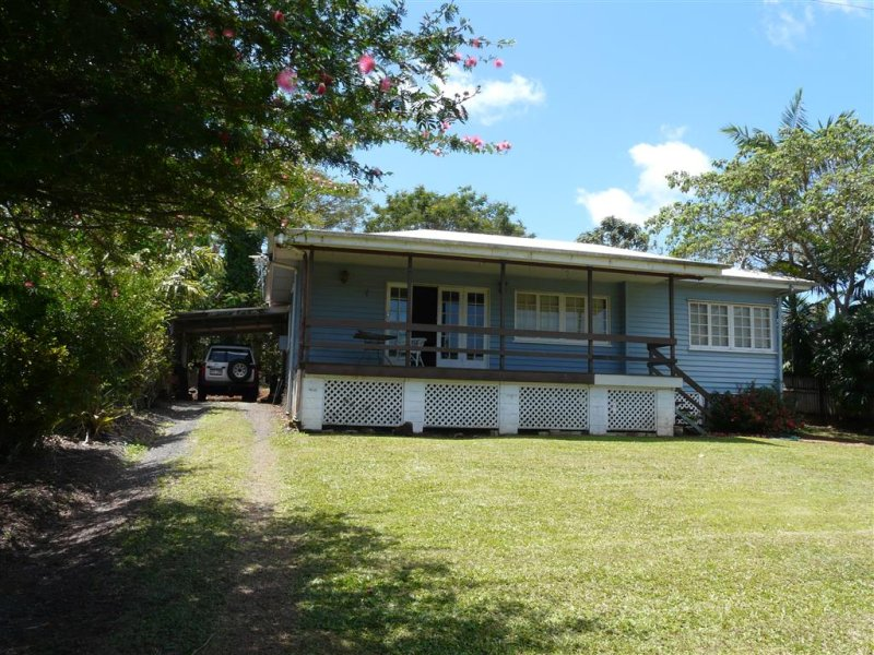 26 Middle Avenue, South Johnstone, Qld 4859
