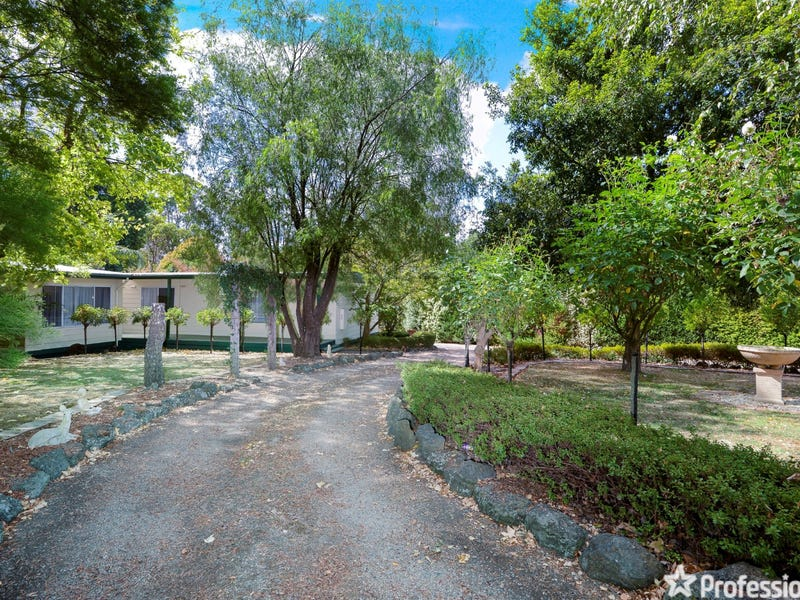 78 Braeside Drive, Launching Place, Vic 3139