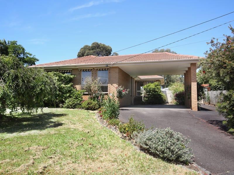 146 Hayrick Lane, Mooroolbark, Vic 3138