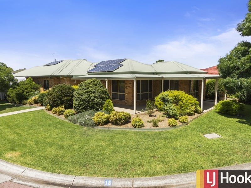 18 Erskine Square, Hoppers Crossing
