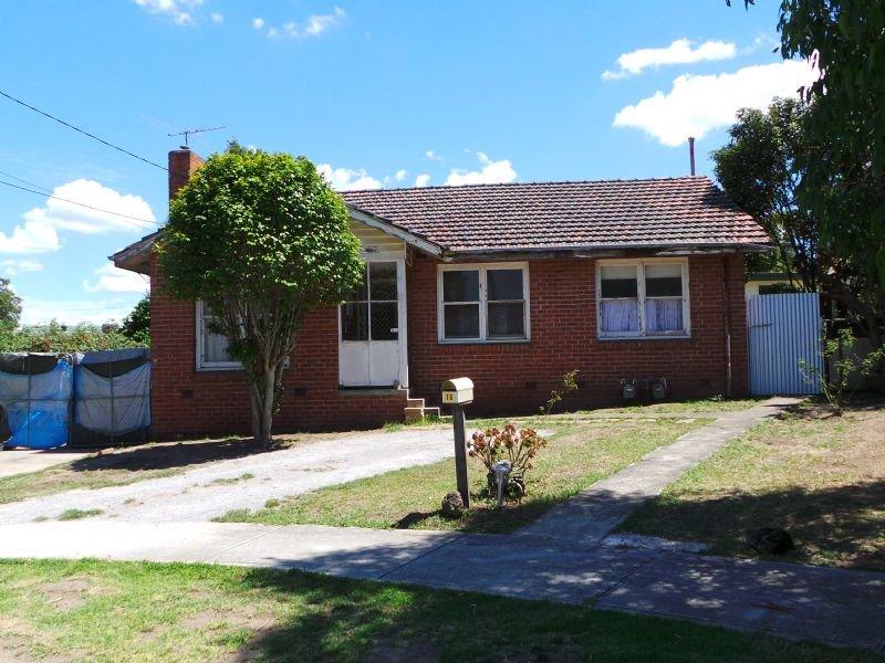 16 Myrtle Grove, Doveton, Vic 3177