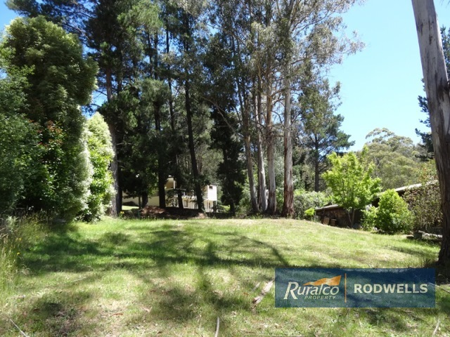 13 PINNACLE ROAD, Sawmill Settlement, Vic 3723