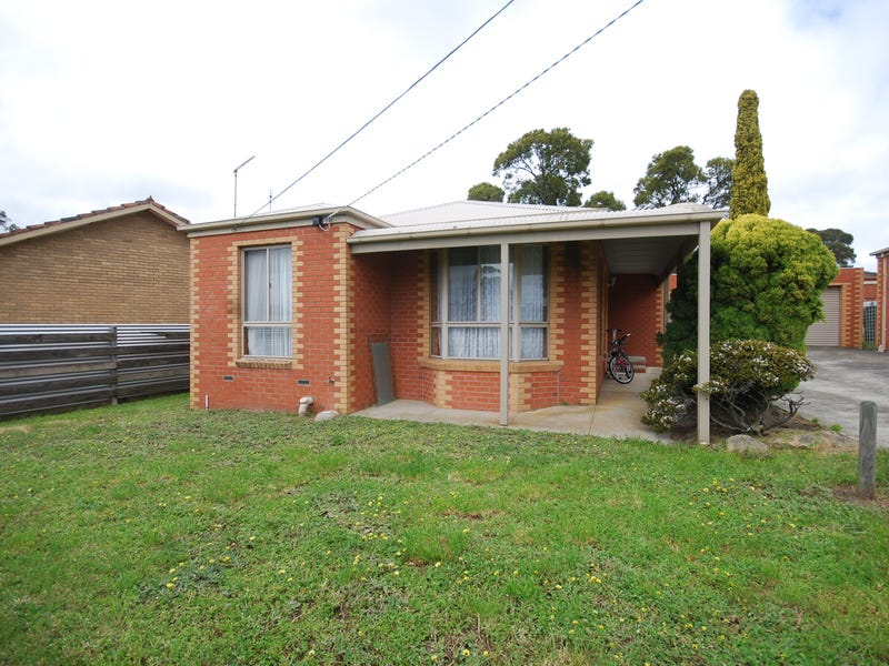 1/7 Whitehorse Road, Mount Clear, Vic 3350
