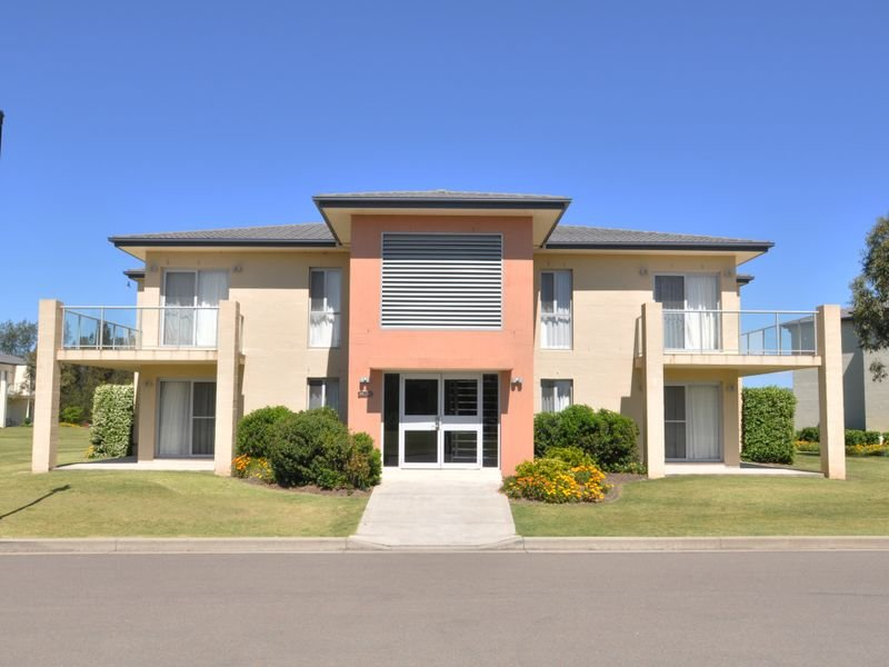 Apartment 52,430 Wine Country Drive, Lovedale, NSW 2325