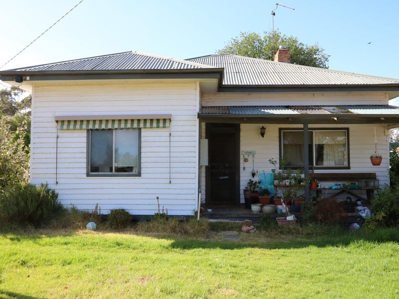 13 Thompson Street, Dunolly, Vic 3472