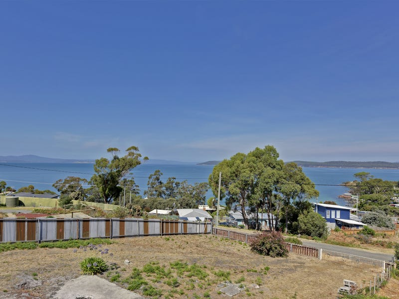 7 Broom Street, Primrose Sands, Tas 7173