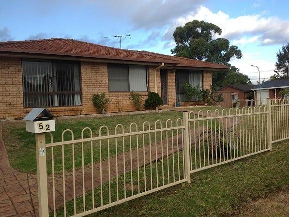 52 Crispsparkle Avenue, Ambarvale, NSW 2560