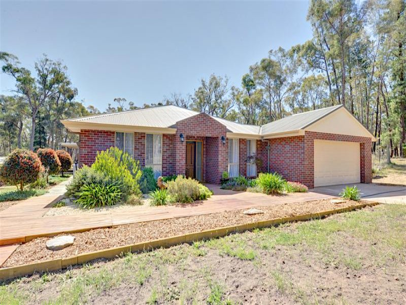 54 McMillan Road, Broomfield, Vic 3364