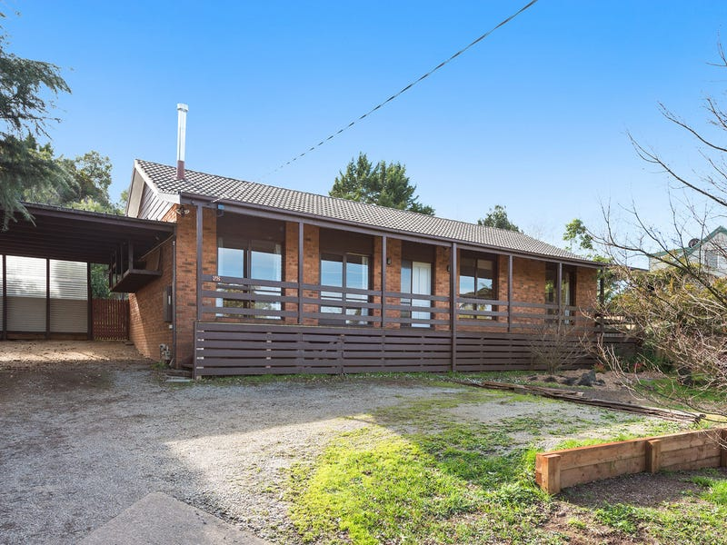 28 Beenak East Road, Gembrook, Vic 3783