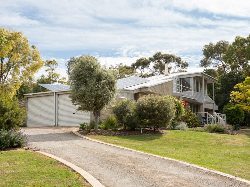 6-8 Rylstone Road, Cowes, Vic 3922