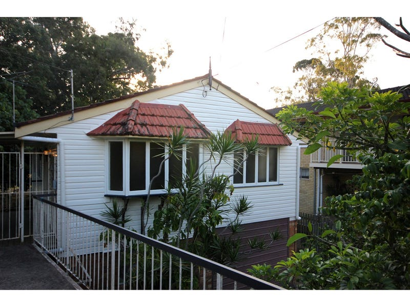 Address available on request, Coorparoo, Qld 4151