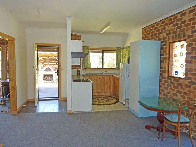 15 Stanley Street, Lowanna, NSW 2450