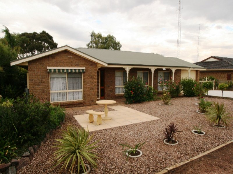 140 Bay Road, Moonta Bay, SA 5558