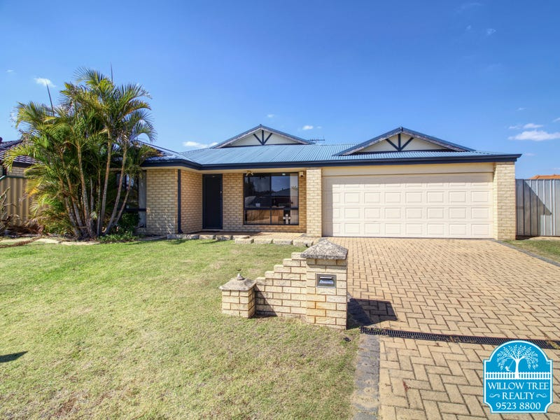 4 Thompson Tce, Bertram, WA 6167