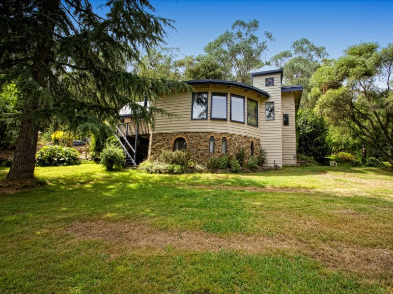 15 Mill Road, Harrietville, Vic 3741