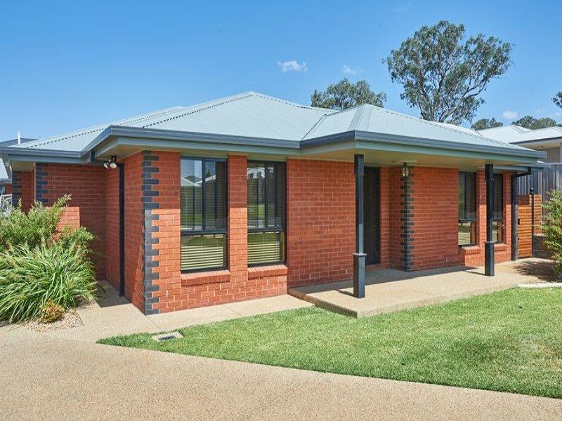 1 and 2 55 Brindabella Drive, Tatton, NSW 2650
