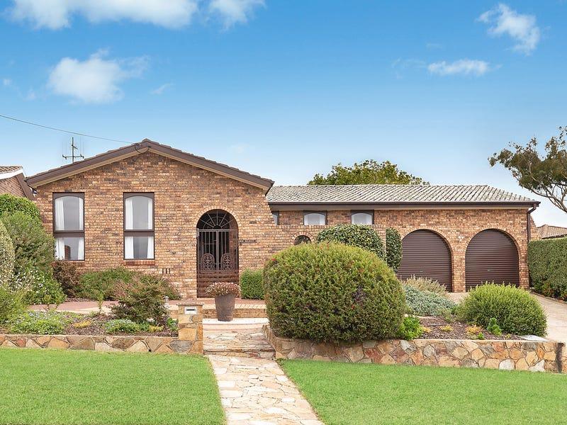 8 Heather Street, Queanbeyan, NSW 2620