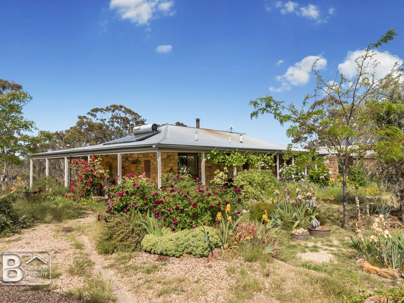 297 White Gum Road, Barkers Creek, Vic 3451