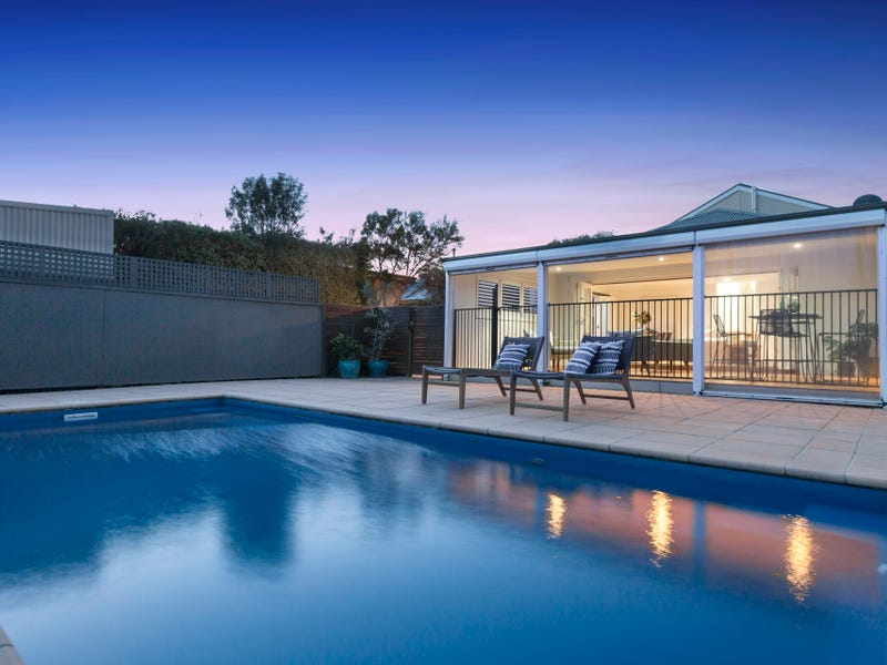 14 Morrisons Avenue, Mount Martha, Vic 3934