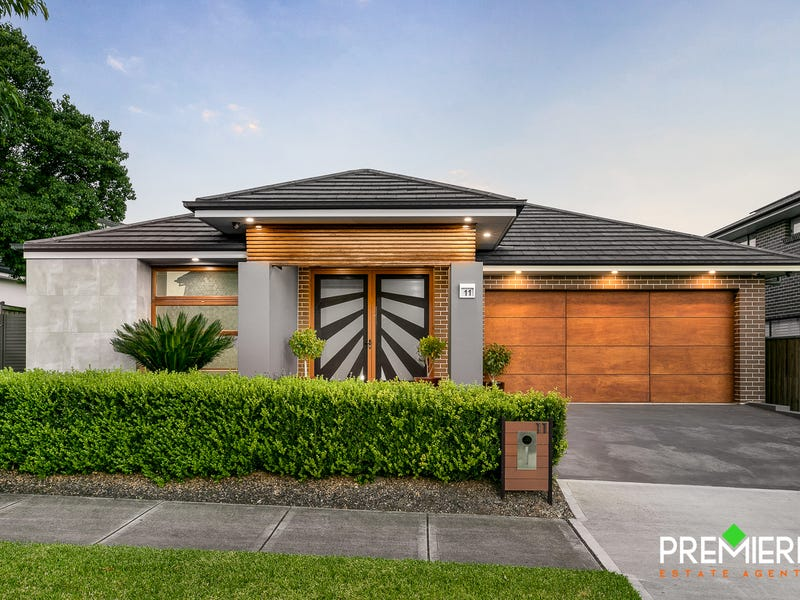 11 Peregrine Street, Gledswood Hills, NSW 2557