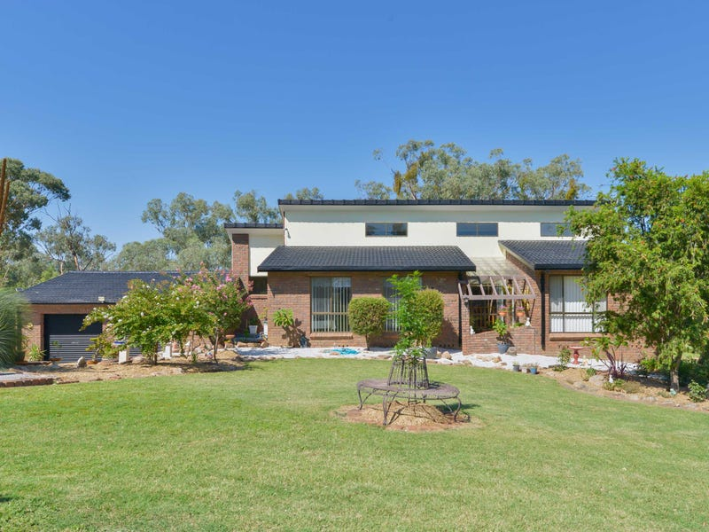 27 Austral Road, Tamworth, NSW 2340