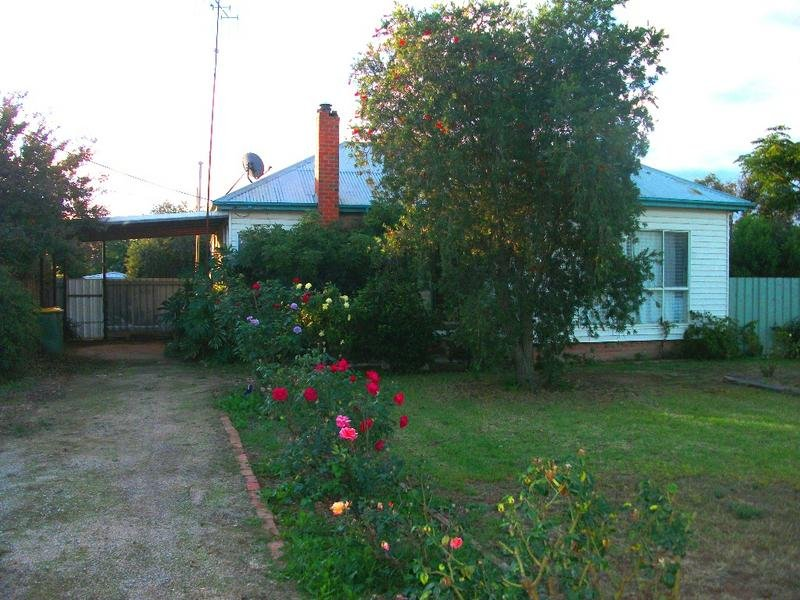 34 Dampier Street, Wakool, NSW 2710