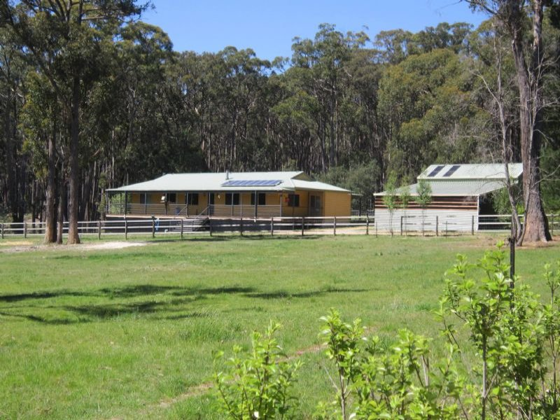 85 Kangaroo Drive, Coomoora, Vic 3461