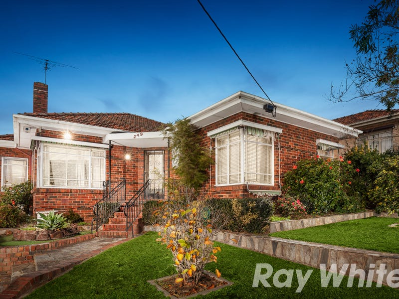 249 Warrigal Road, Burwood, Vic 3125