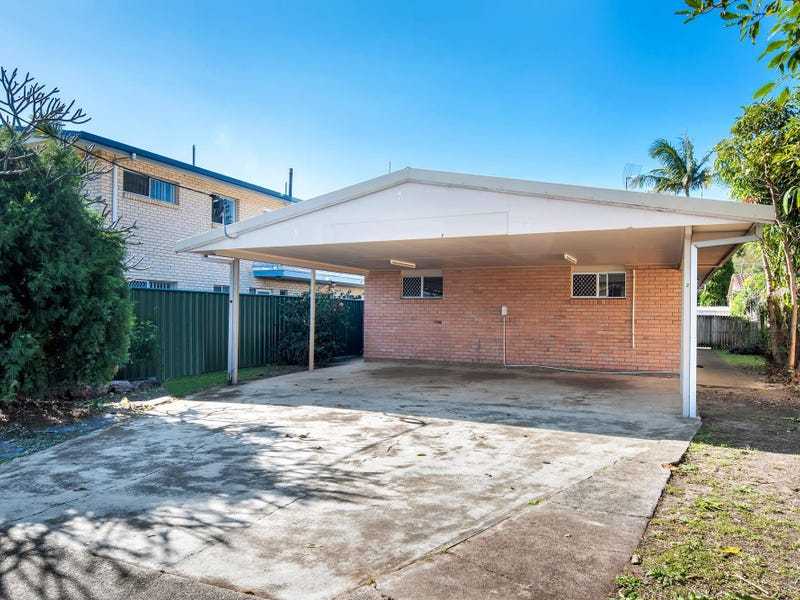 19 Leyte Ave, Palm Beach, Qld 4221