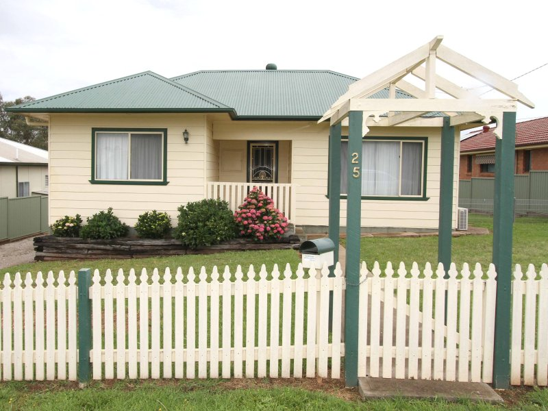 25 Dunn St, Kandos, NSW 2848
