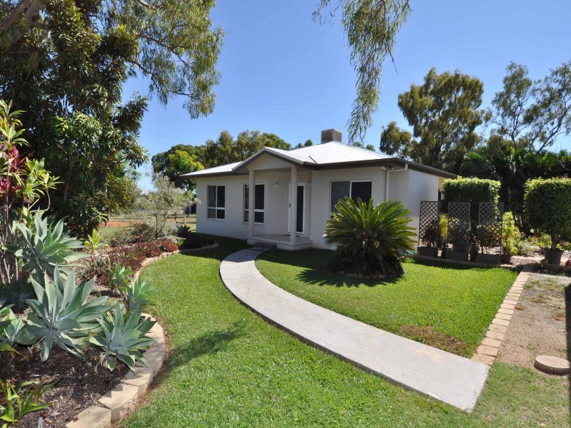 11 Kirrima Court, Toll, Qld 4820