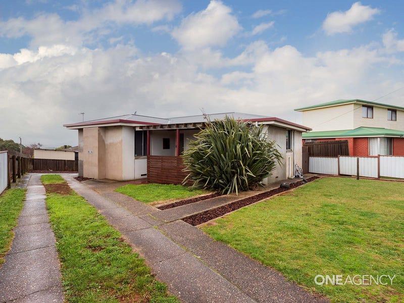 25 Winter Avenue, Upper Burnie, Tas 7320