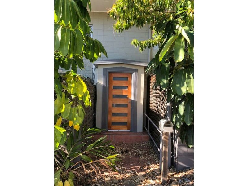 Unit 1-3/11 Bramston Street, Gladstone Central, Qld 4680