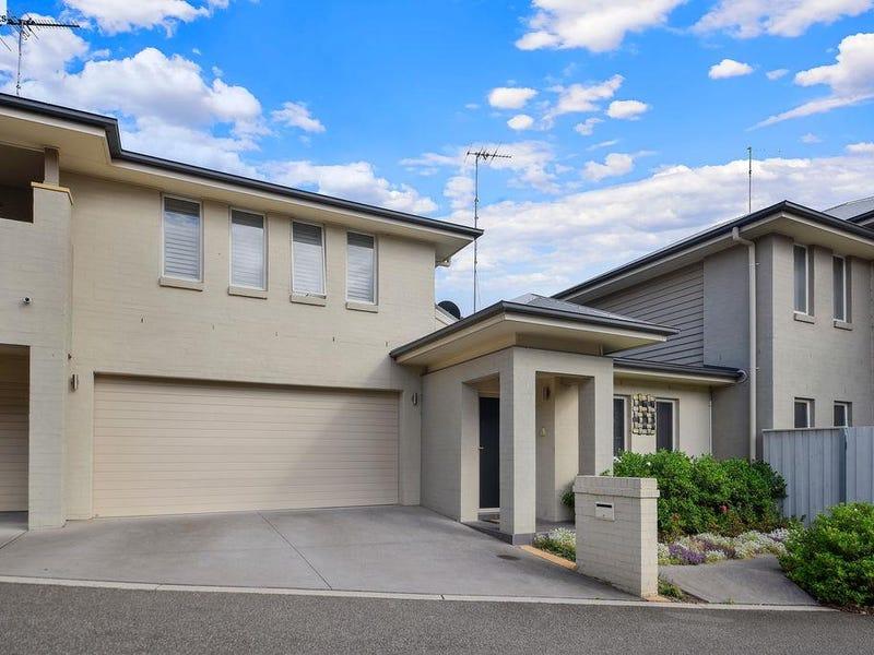 1/3 Bairin Street, Campbelltown, NSW 2560