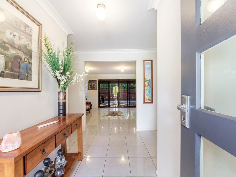 22 Corymbia Crescent, Anstead, Qld 4070