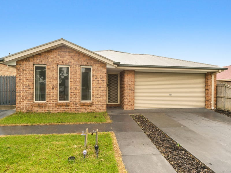 130 Linsell Boulevard, Cranbourne East, Vic 3977