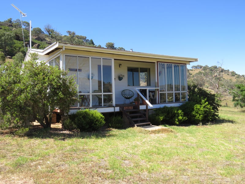 140 Mount McDonald Road (Darbys Falls), Cowra, NSW 2794