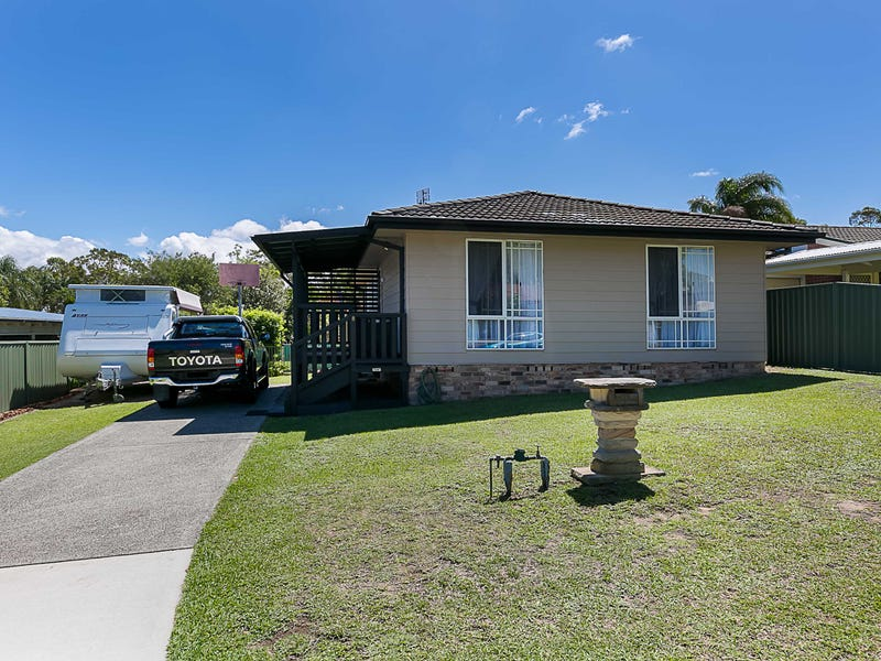 8 Callen Avenue, San Remo, NSW 2262
