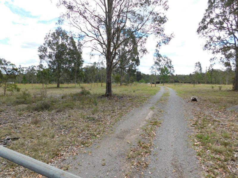 810 Italia Road, East Seaham, NSW 2324