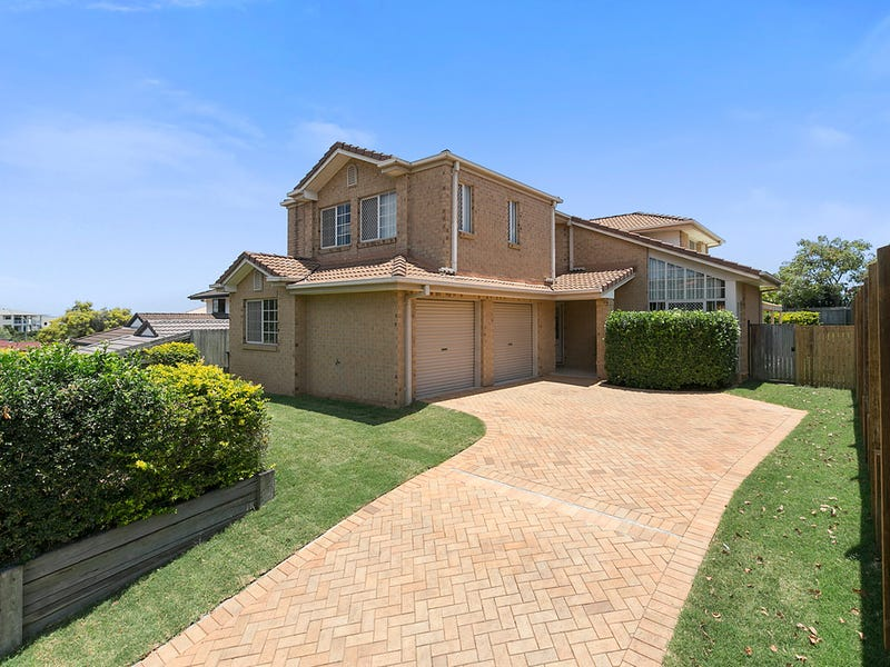 10 Clearmount Crescent, Carindale, Qld 4152
