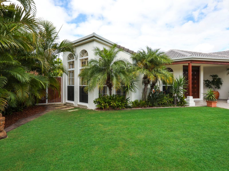 190 Port Jackson Boulevard, Clear Island Waters, Qld 4226