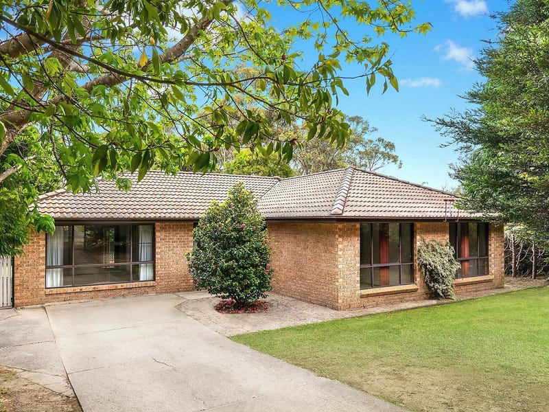 21 Shortland Street, Wentworth Falls, NSW 2782