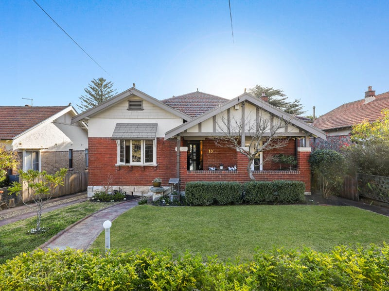 18 McLean Avenue, Chatswood, NSW 2067