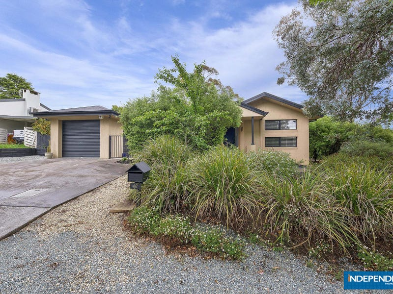 42 Armstrong Crescent, Holt, ACT 2615