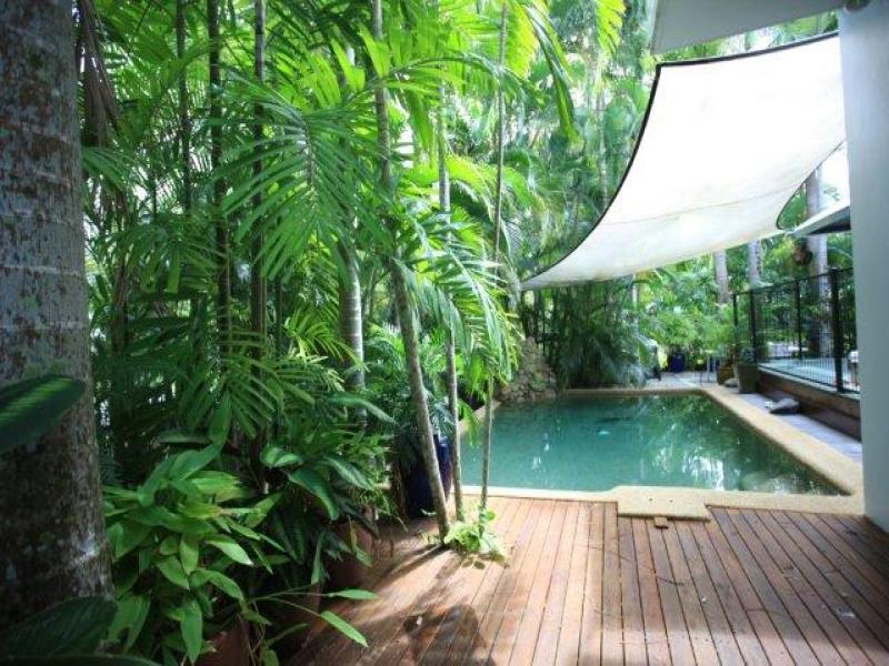 Villa 4 Beach Villas, Garrick St, Port Douglas, Qld 4877