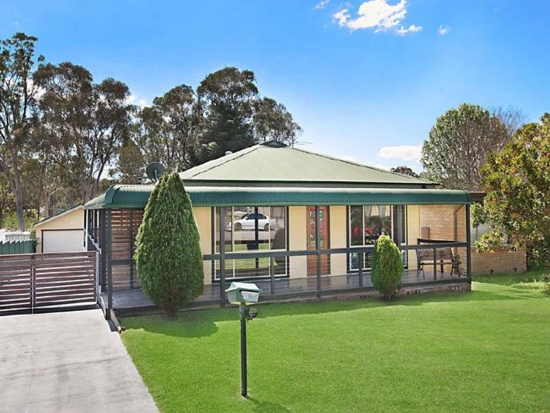 11 Frederick Street, Windermere Park, NSW 2264